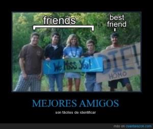CR_746431_mejores_amigos